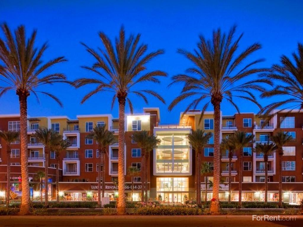 Avalon Anaheim Stadium Apartments photo #1