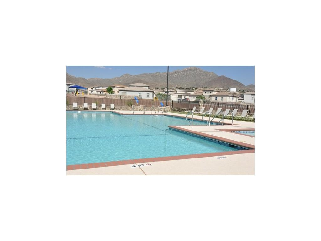 Fort Bliss Family Homes Apartments photo #1