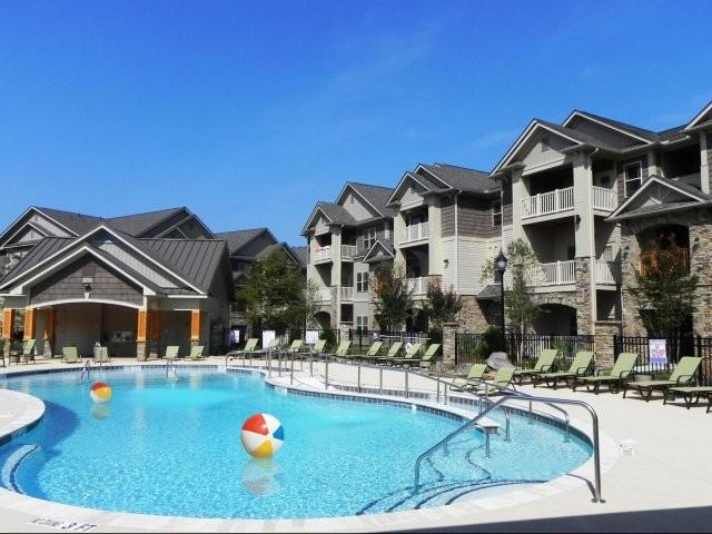 Tryon Park at Rivergate Apartments photo #1