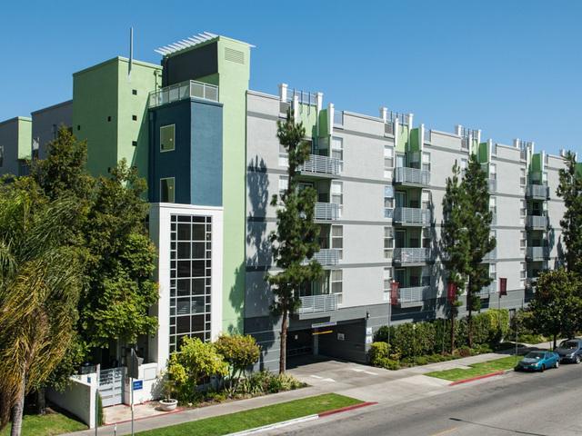 Park Catalina Apartments photo #1