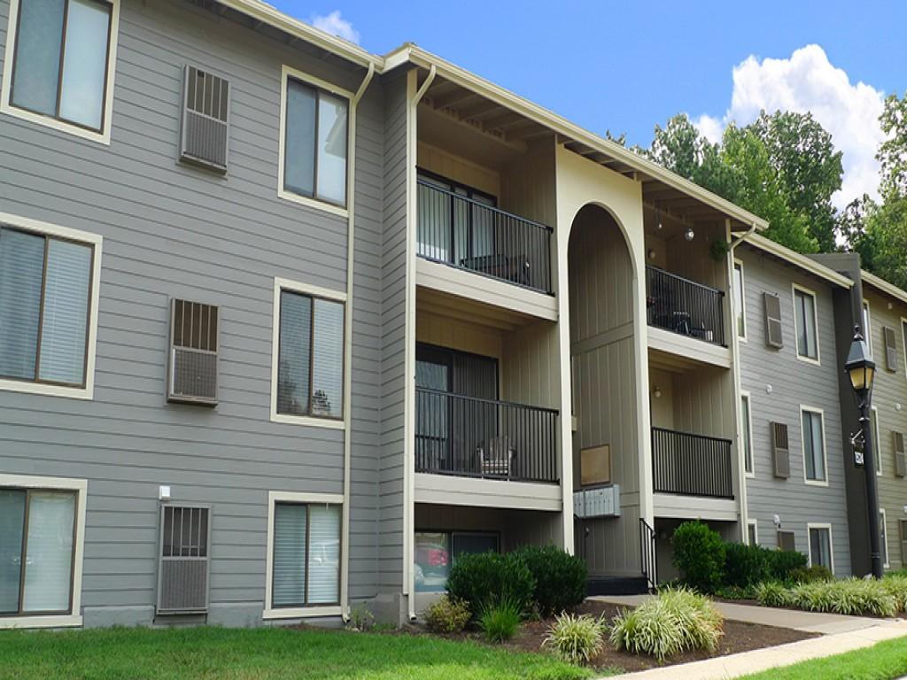 Tuckahoe Creek Apartments photo #1
