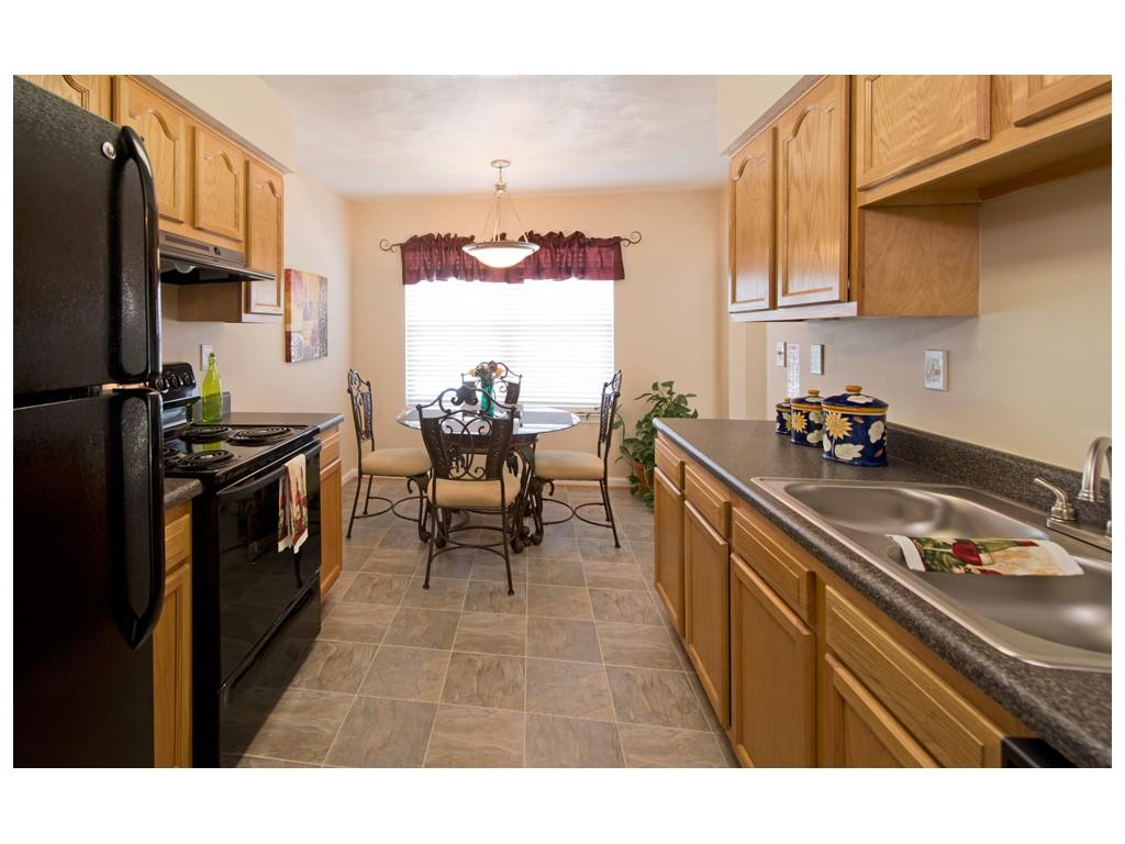 Delicieux 2u20143 Bed. College Square At Harbour View Townhome Apartments ...