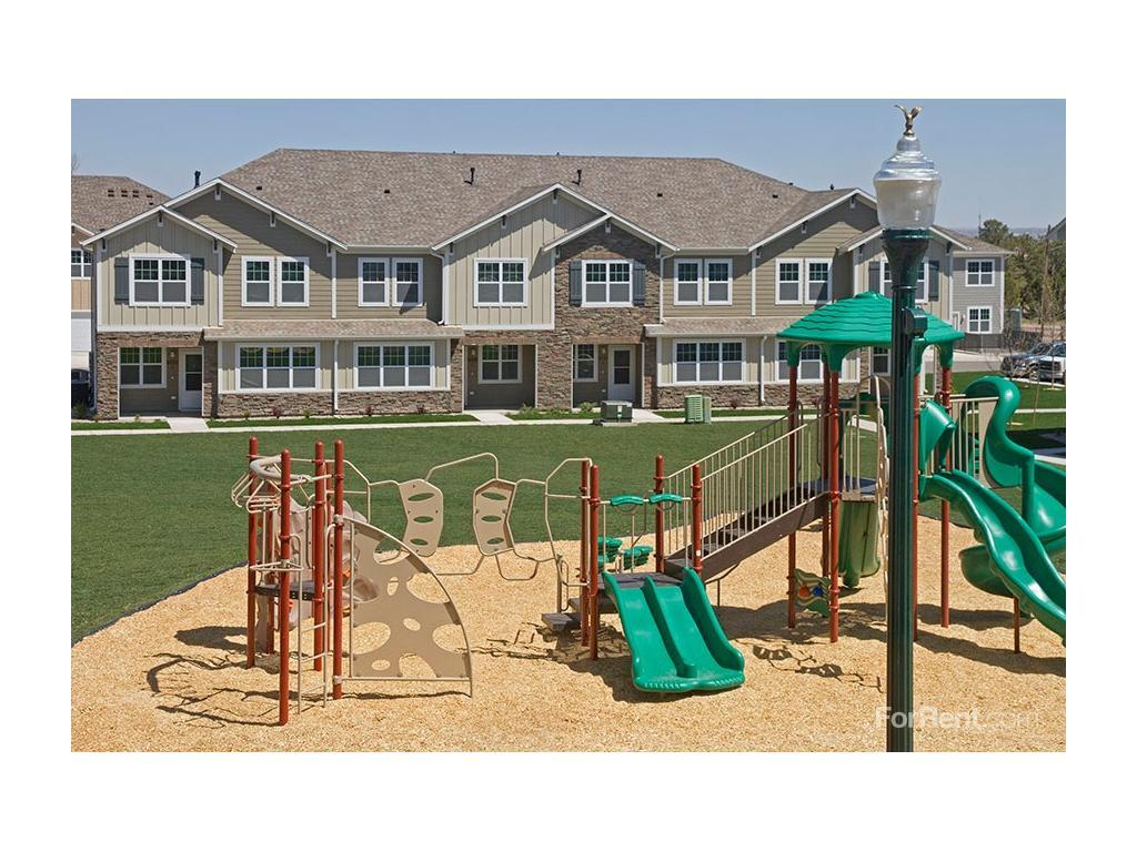 Fort Carson Family Housing Apartments, Colorado Springs CO ...
