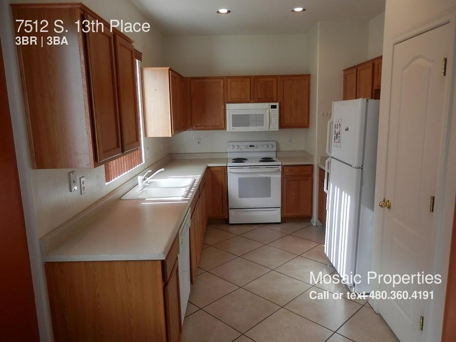 7512 S. 13th Place photo #1