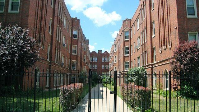 4338 S Drexel Blvd Apartments photo #1