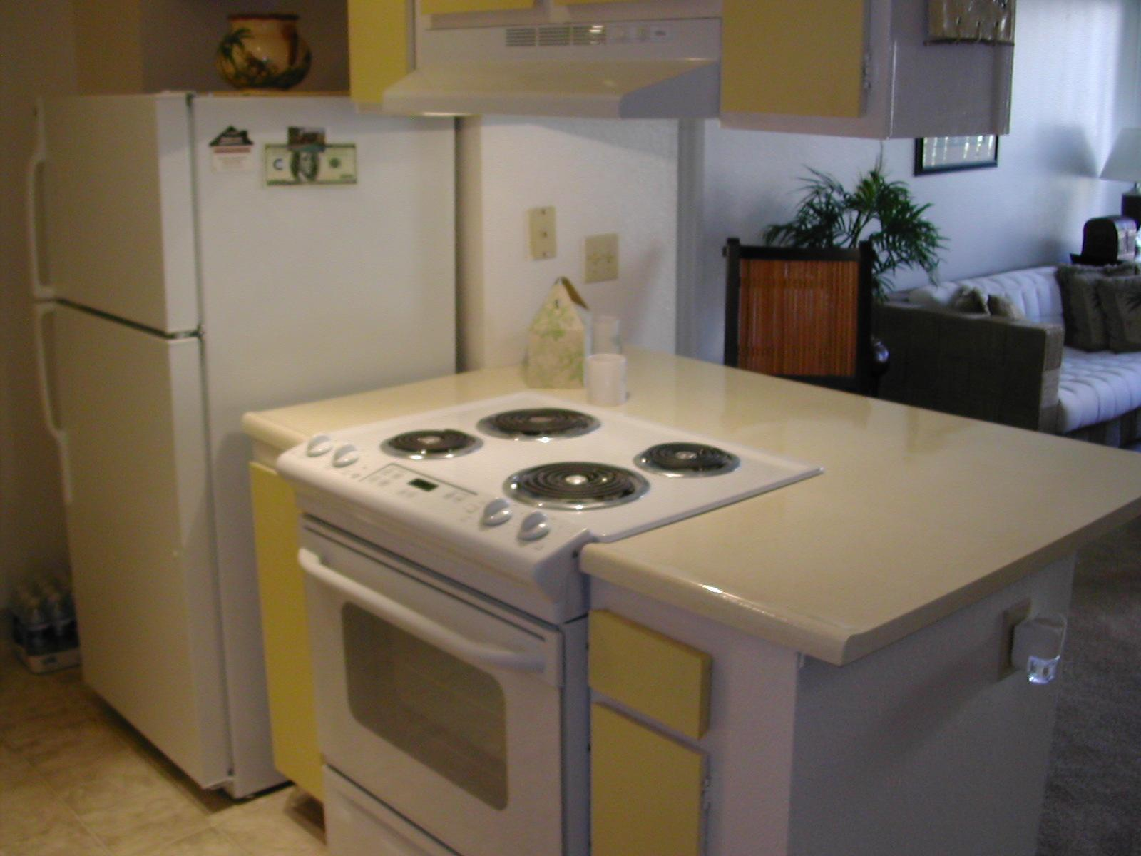 1,050 sq. ft. - 2 bathrooms - 3 bedrooms - in a... photo #1