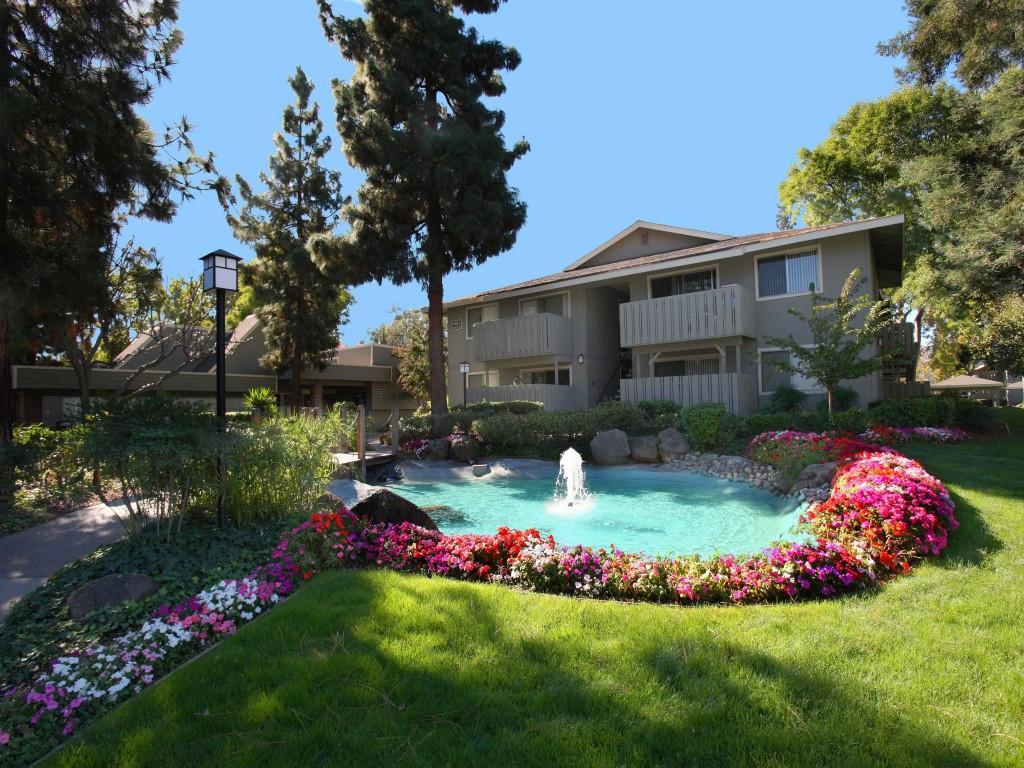 Cherrywood Apartments photo #1