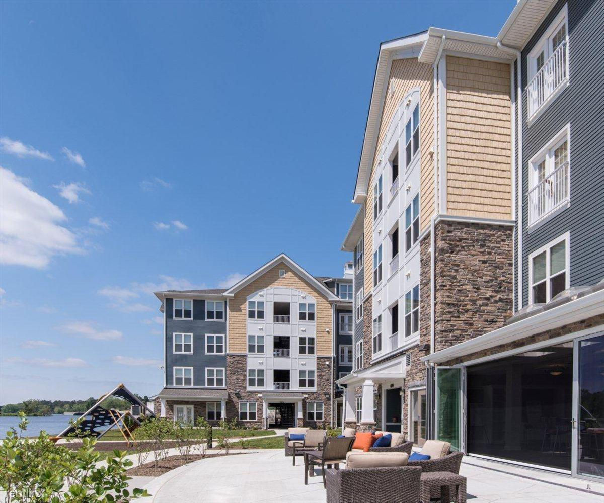 Rivers Edge Apartments And Studio For The Arts, Salisbury