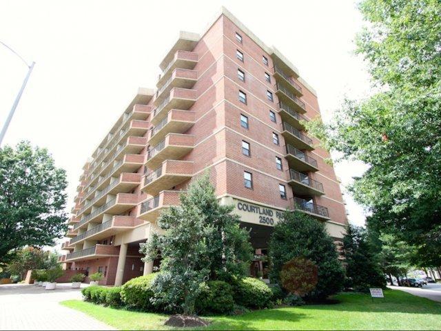 Courtland Park Apartments