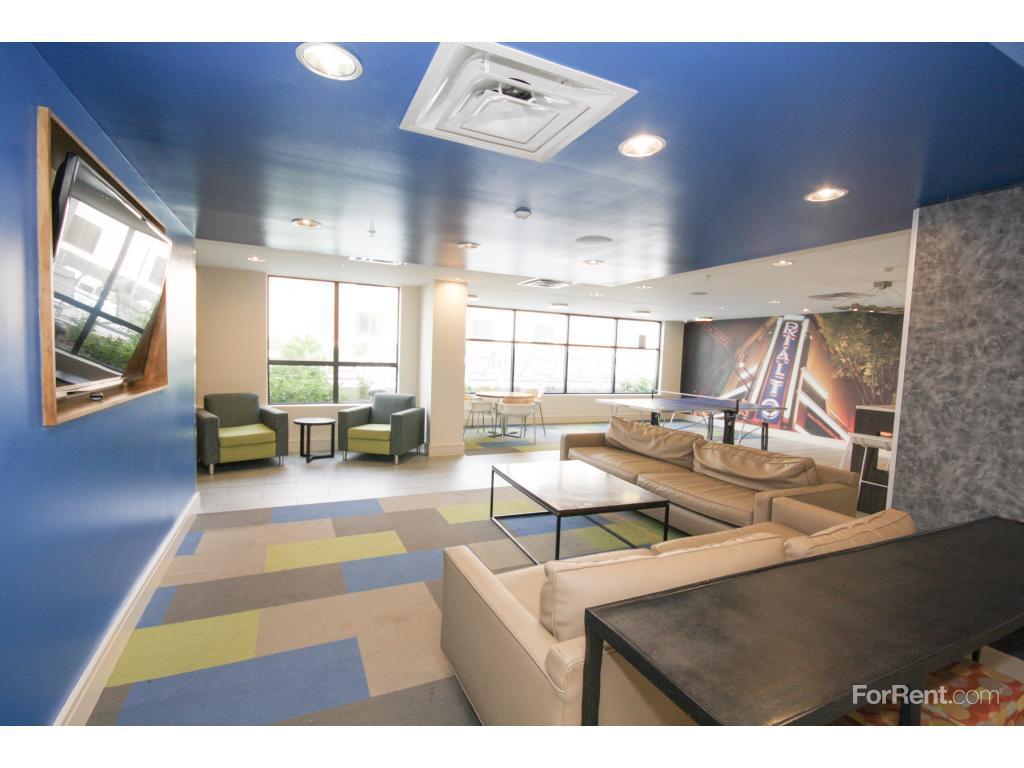 One12 Courtland Apartments Atlanta Ga Walk Score
