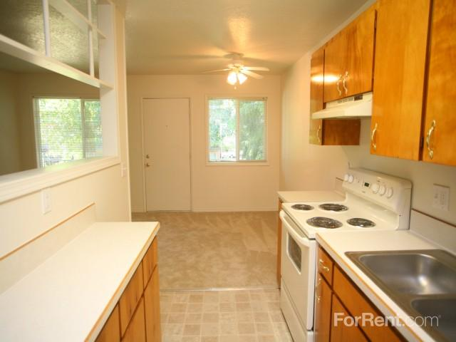 Raleigh Firs Apartments photo #1