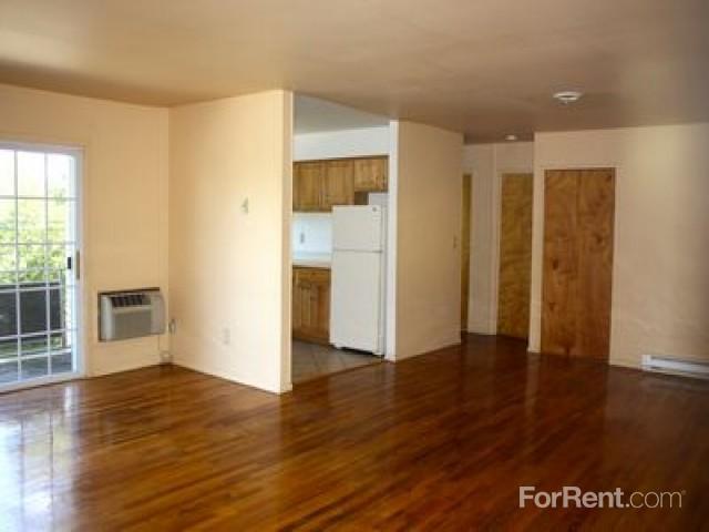 Hampton Oaks Apartments, Peekskill NY - Walk Score