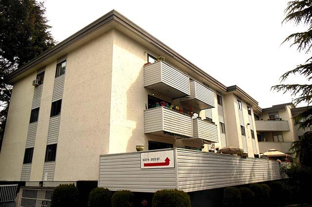 Claymore Apartments