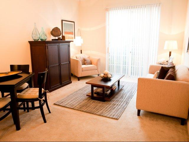 The Alexander At Ghent Apartment Homes Apartments Norfolk Va Walk Score