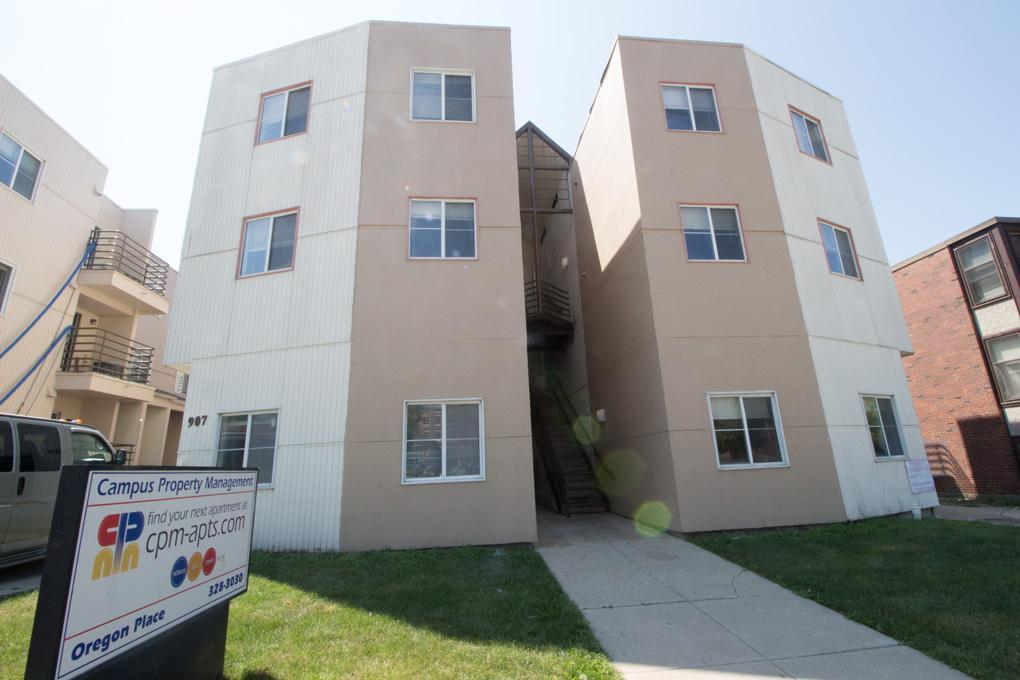 Two BR 905-907 W Oregon Apartments photo #1