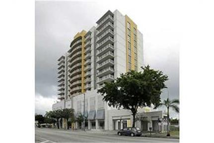 1/1 Centrally Located 8th St Close to Brickell! photo #1