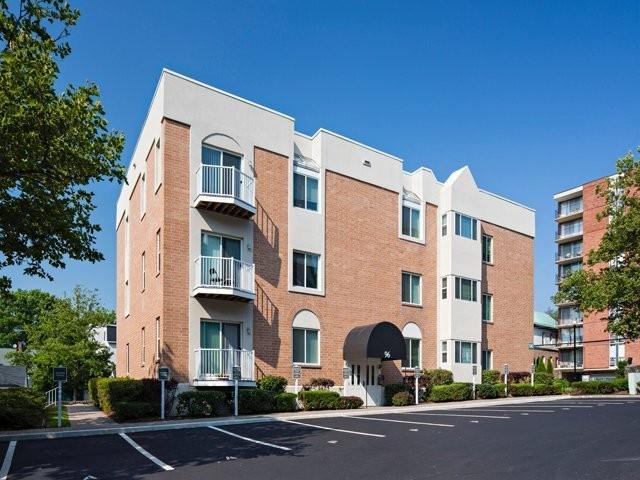 Eaves Stamford Apartments Stamford Ct Walk Score