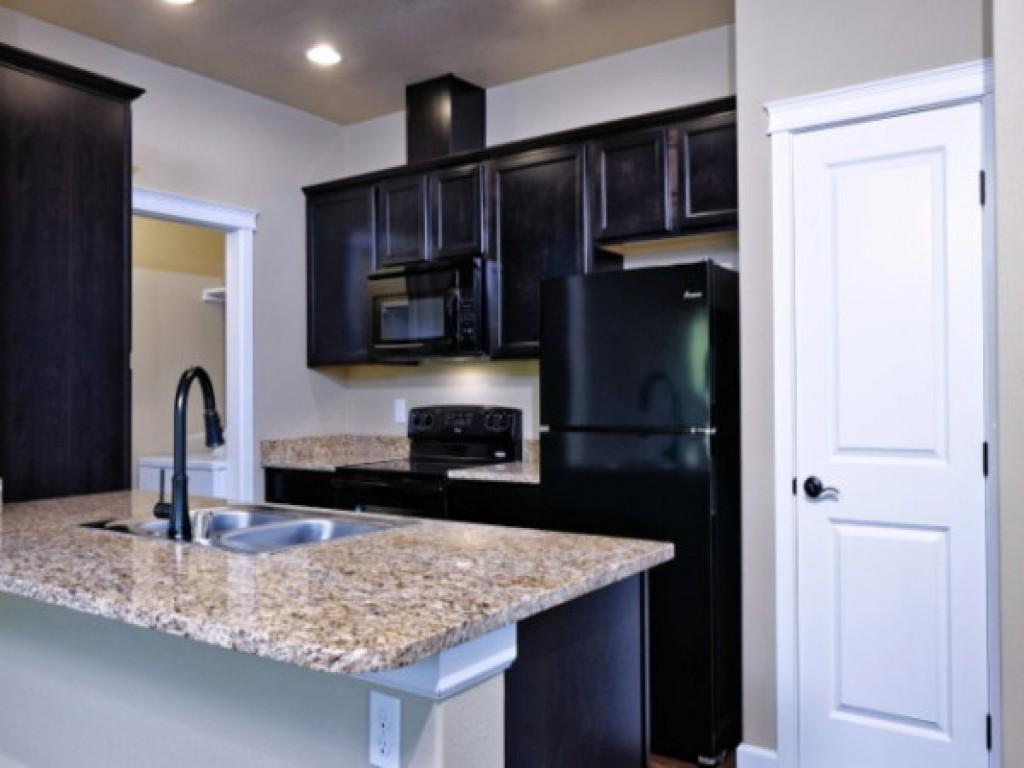 Little tuscany apartments brand new luxury living - 2 bedroom apartments in dc under 1000 ...