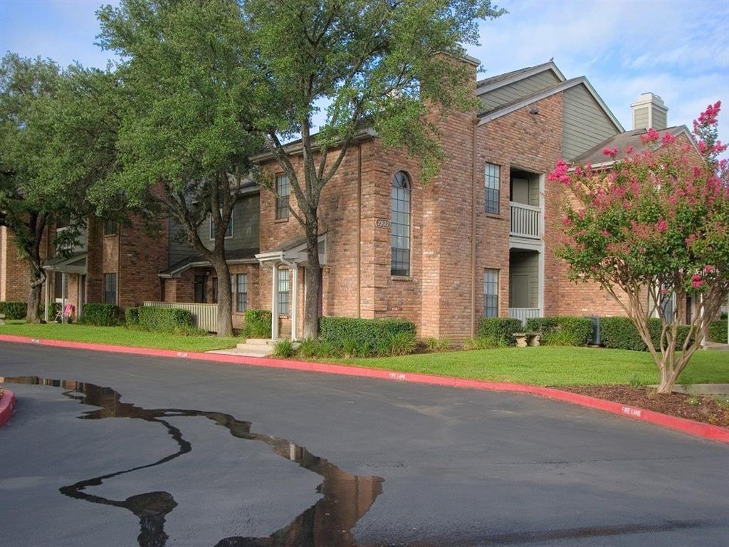 Balcones Club Apartments photo #1