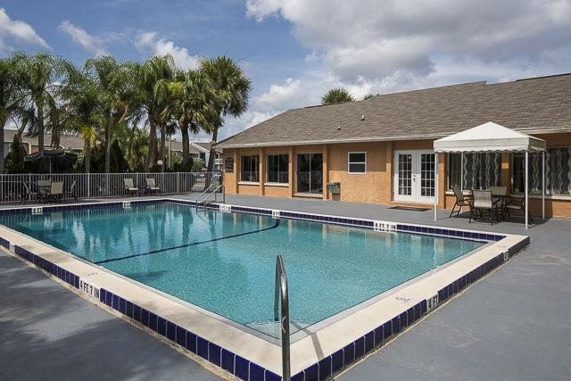 Landmark At Grand Meadow Apartment Homes Apartments Melbourne Fl Walk Score