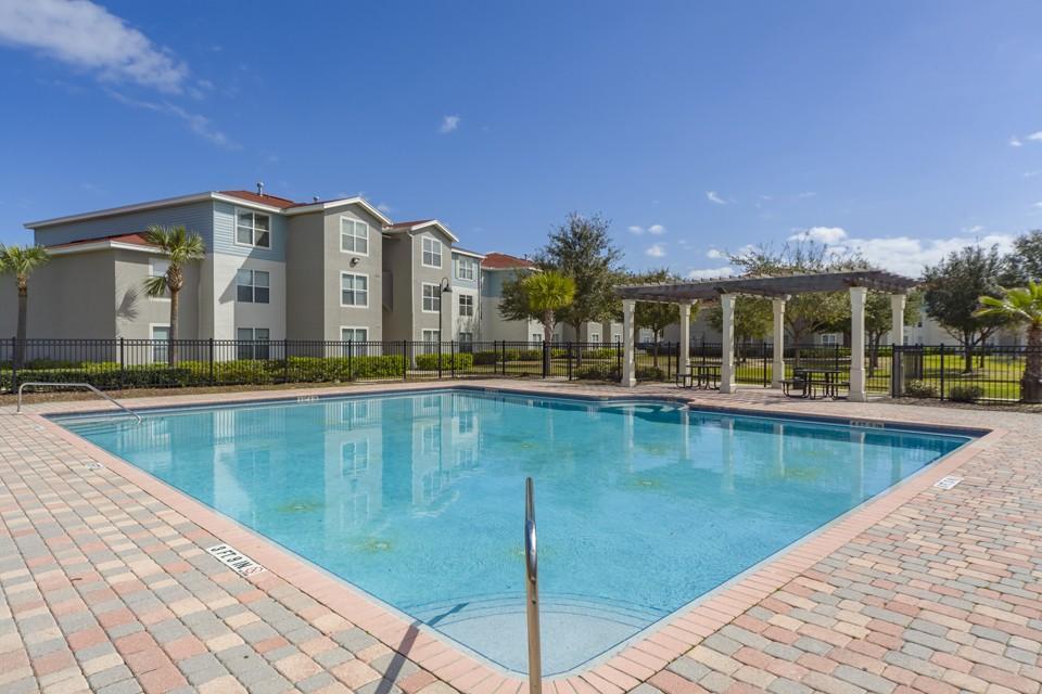 Madelyn Oaks Apartments photo #1
