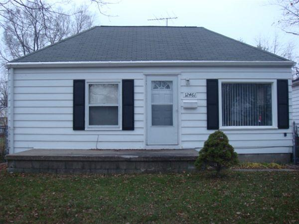 12461 Vernon Ave photo #1