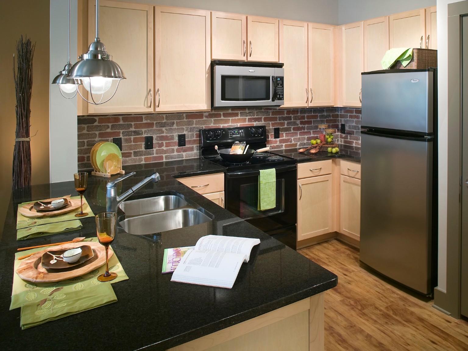 Gables 820 West Apartments photo #1