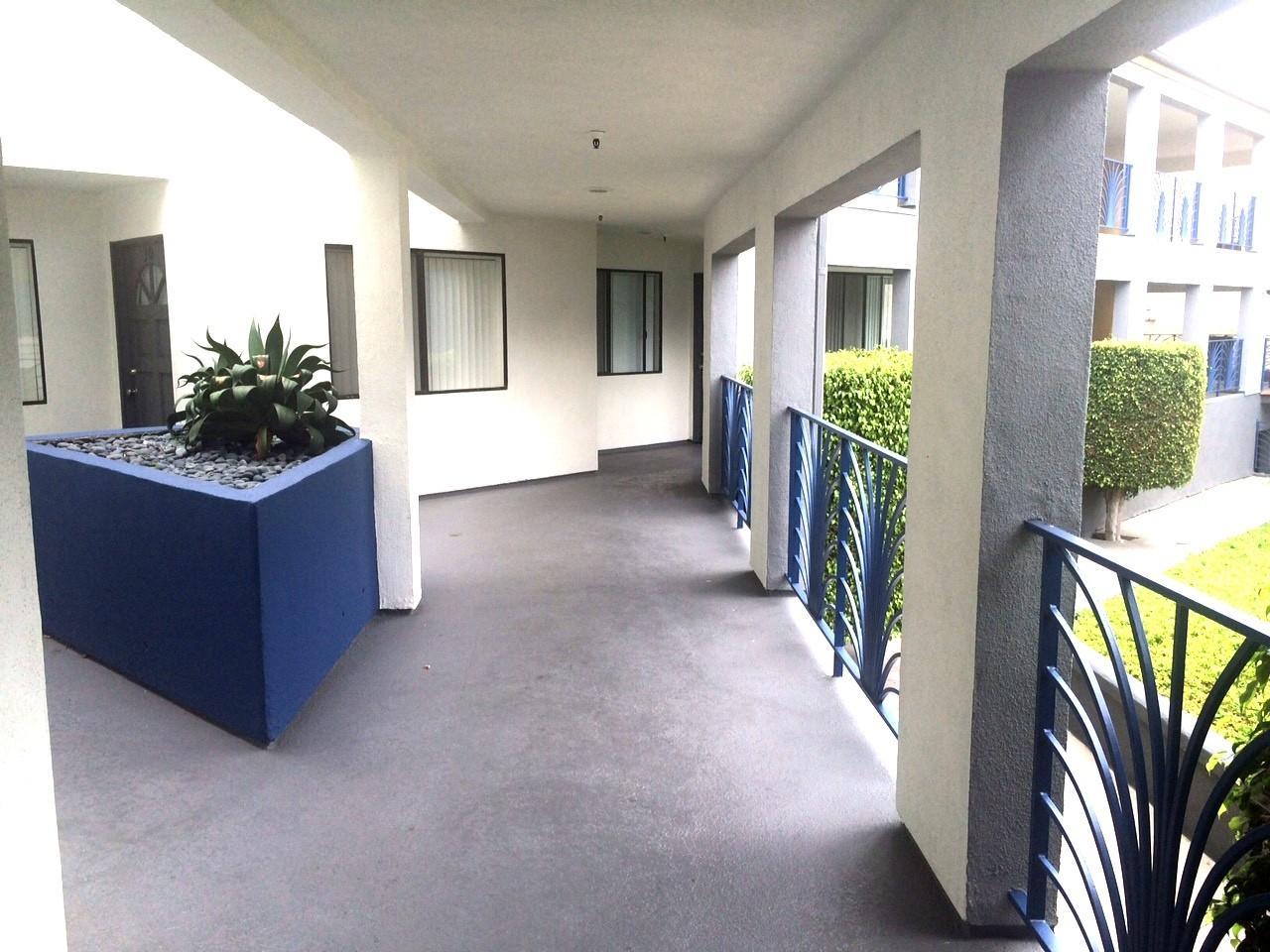 Chadron Apts Apartments photo #1