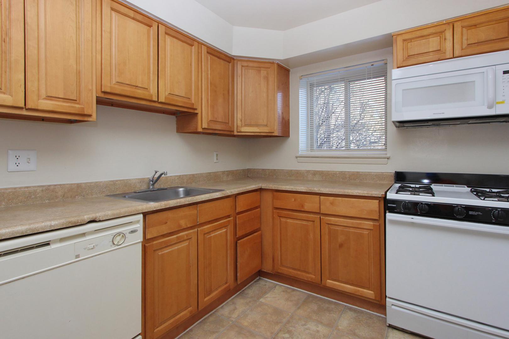 Glen Ridge Apartments photo #1