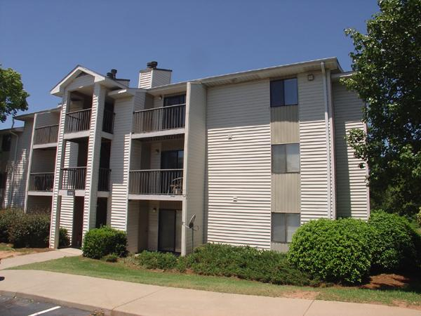 Stonesthrow Apartments photo #1