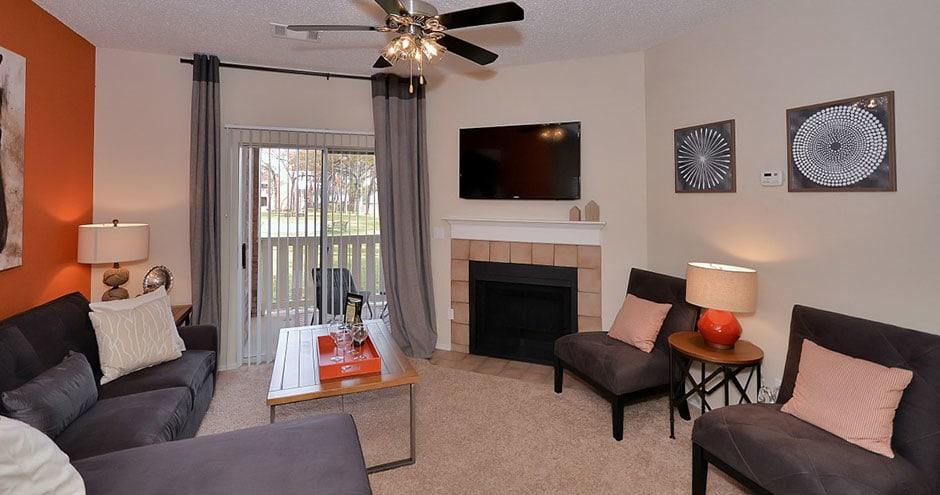 Tall Timbers Apartments photo #1