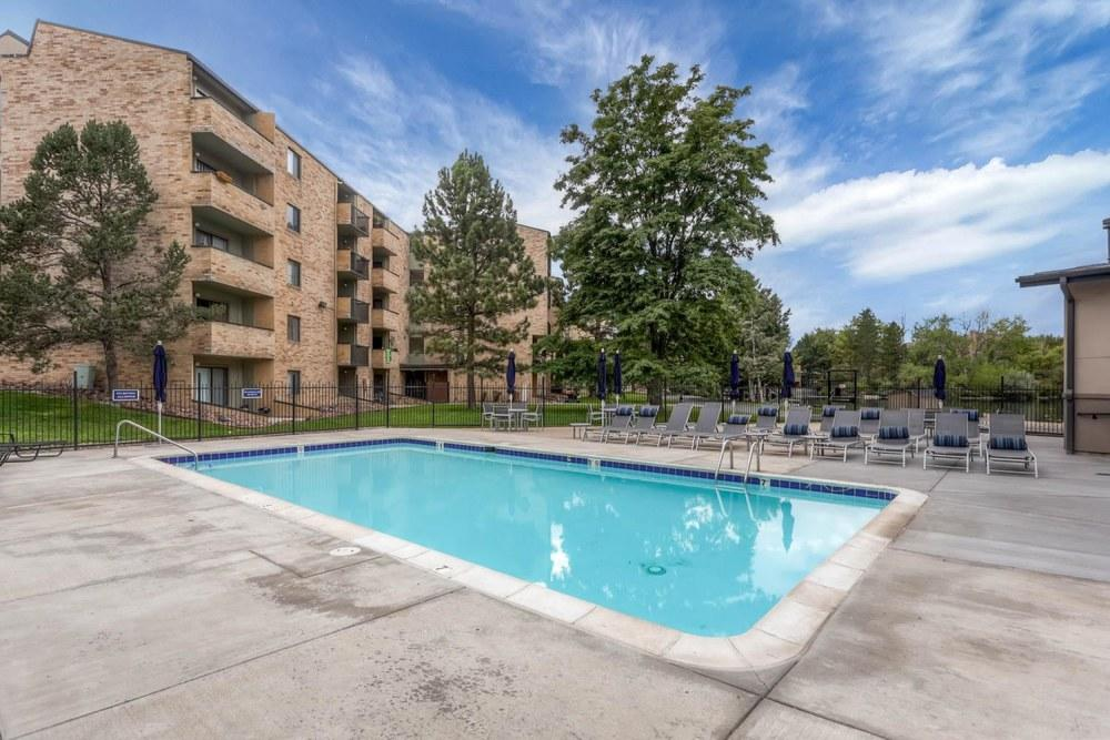 Lakeview Towers at Belmar Apartments, Lakewood CO - Walk Score