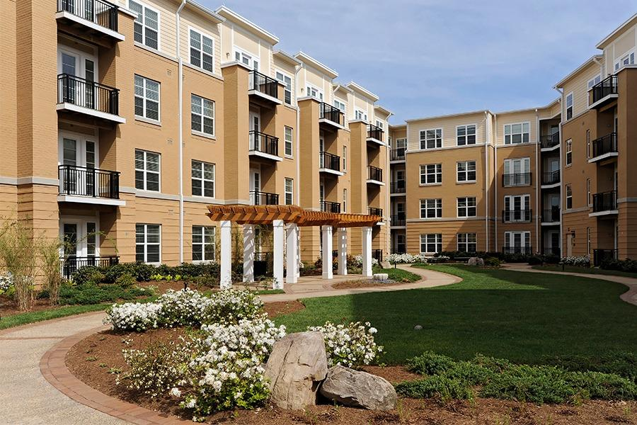 The Reserve At Tysons Corner Apartments photo #1