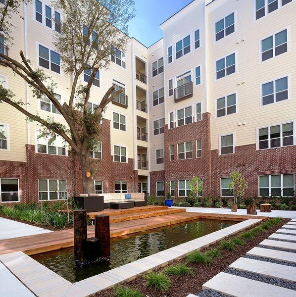 Houston Tx Studio Apartments: District At Greenbriar Apartments, Houston TX