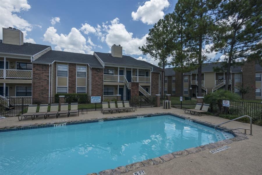 Easton Commons Apartments Houston