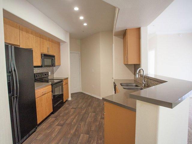 Gleneagles apartments scottsdale az walk score for 3 bedroom apartments in scottsdale
