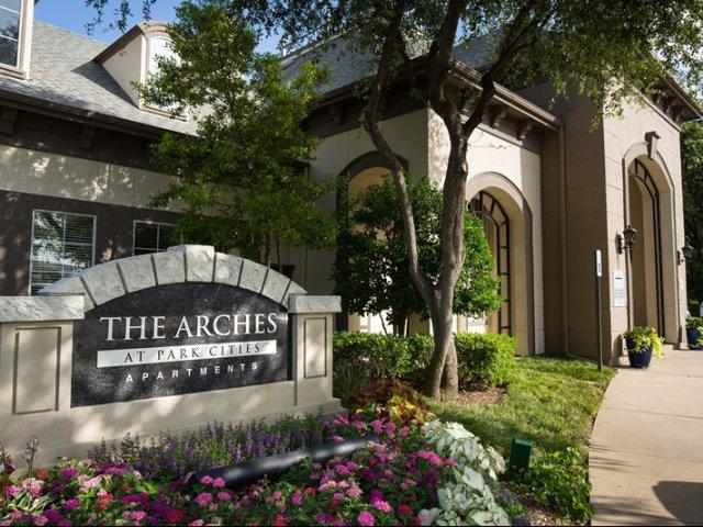 The Arches at Park Cities Apartments photo #1