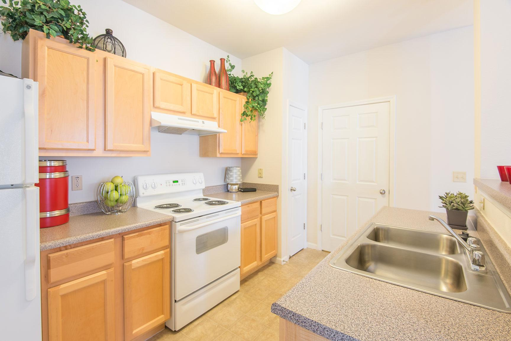 Overlook at Valley Ridge Apartments photo #1