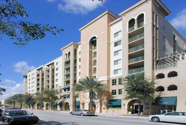 Gables Grand Plaza Apartments photo #1