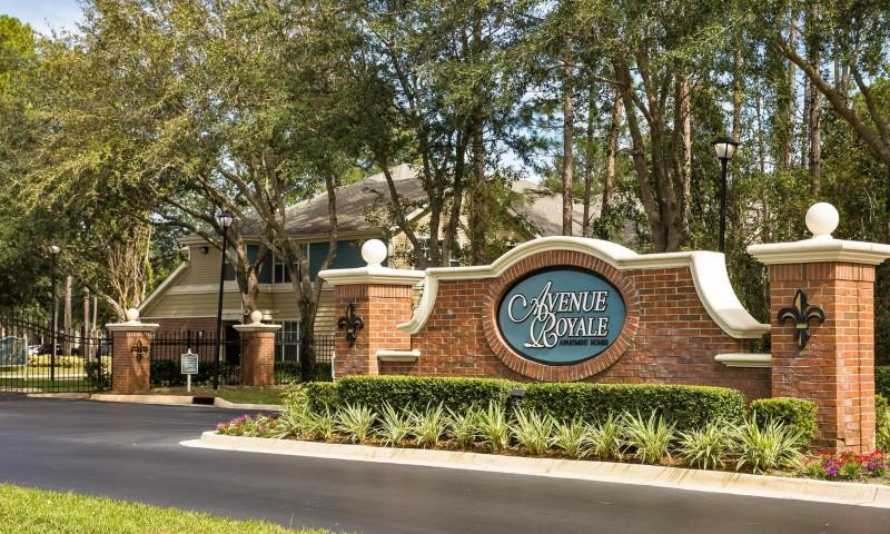 Avenue Royale Apartments photo #1
