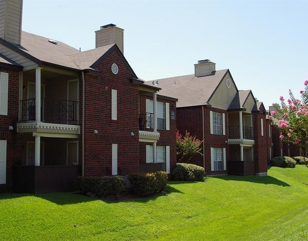 Heritage Place Apartments photo #1