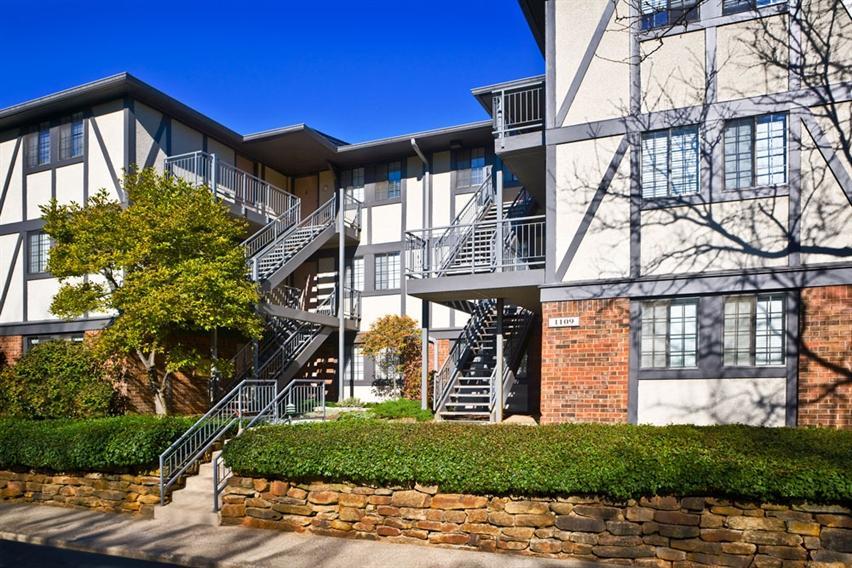 Shore Acres Apartments photo #1