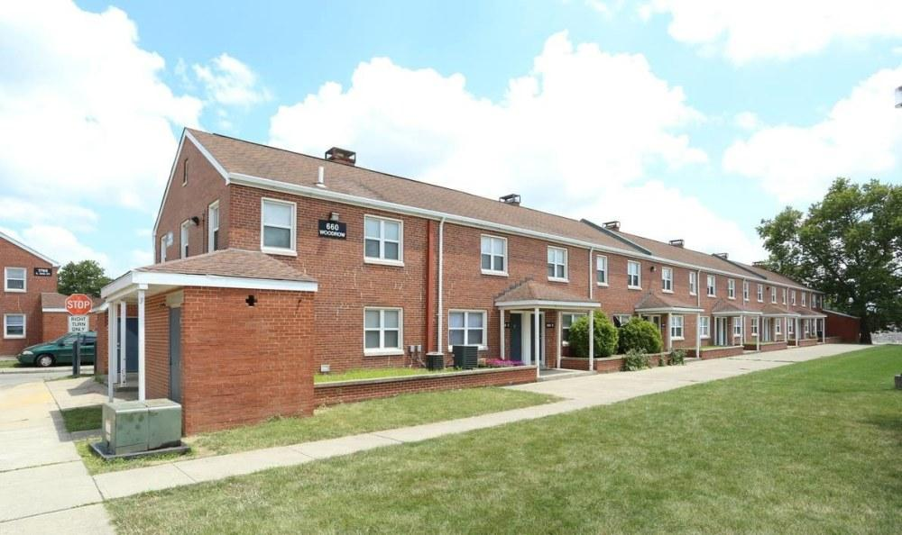Sky View Townhomes Apartments Columbus Oh Walk Score