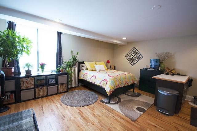 Studio - In one of the city's more charming neighborhoods. Parking Available! photo #1