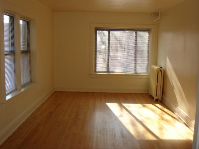 3104 W. Wells Street Apartments photo #1