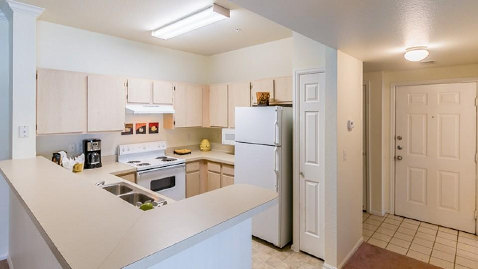 Camelback Pointe Apartments photo #1
