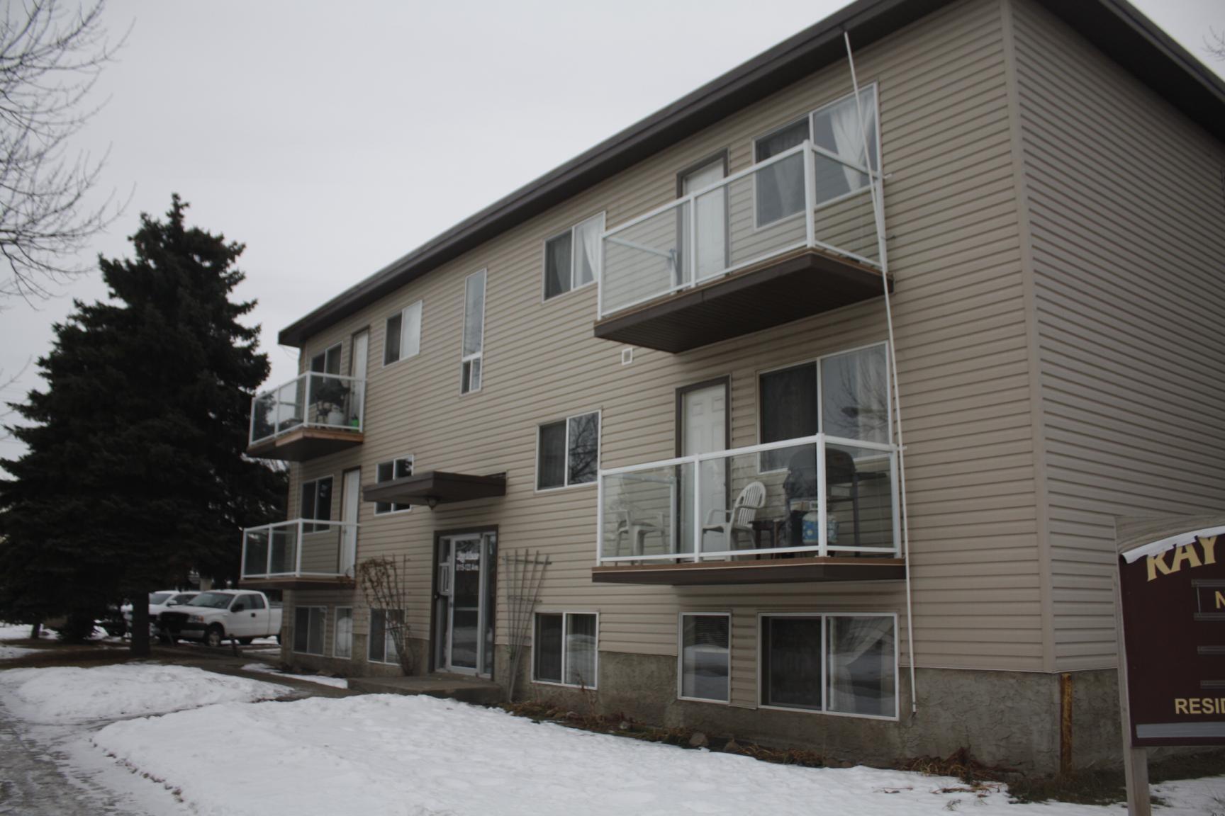 Ray Manor Apartments photo #1