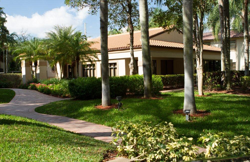 Crystal Palms Apartments Boca Raton Fl Walk Score