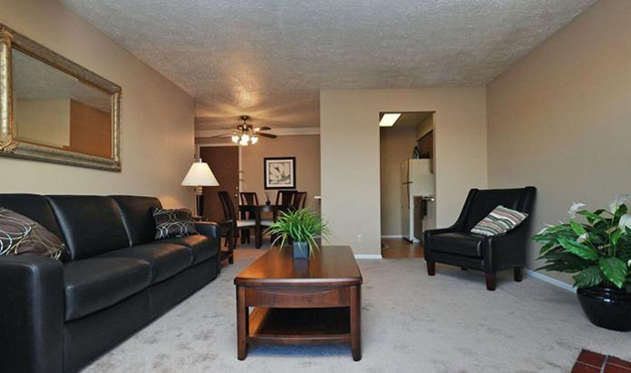 Willow Creek Apartments photo #1