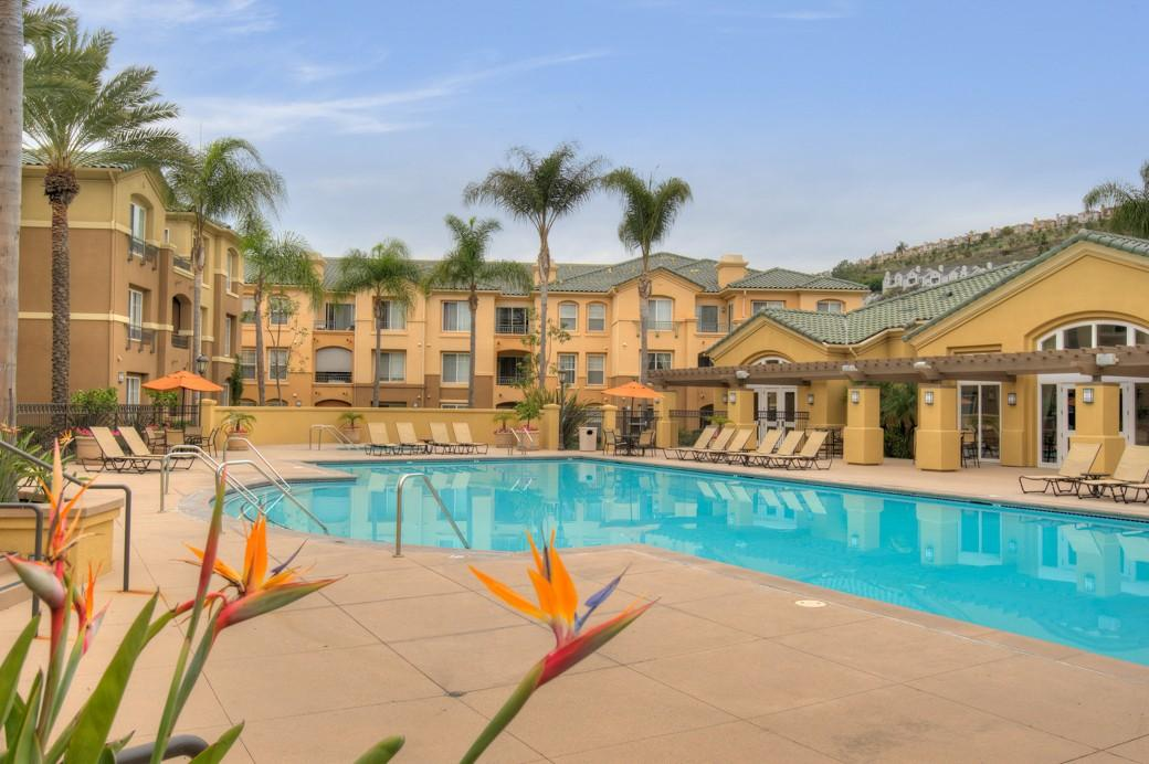Allure at Scripps Ranch Apartments photo #1